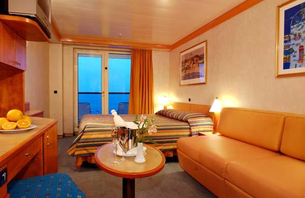 costa-mediterranea-suite