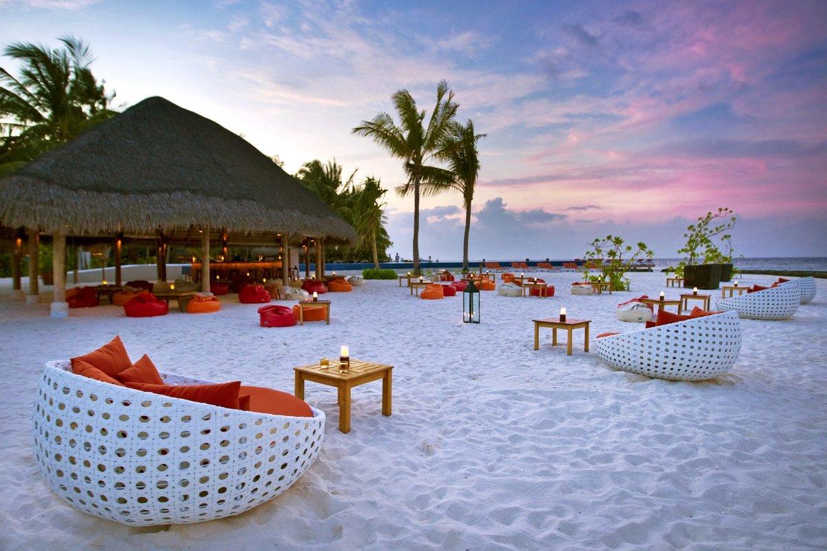 Куда можно поехать в отпуск в декабре? Вариантов много!